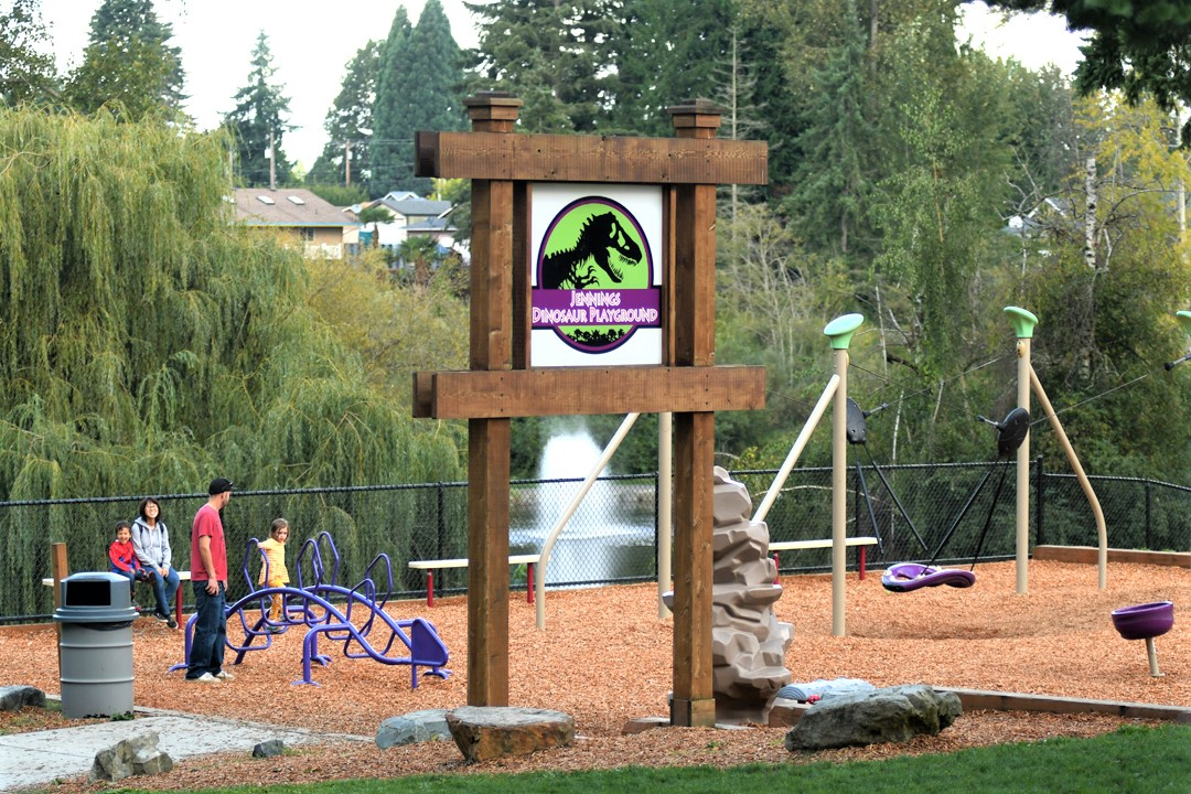 Dinosaur-themed-play-area-Jennings-Memorial-Park-Marysville-fun-playground-North-Sound