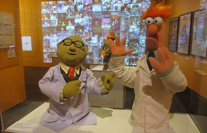 Dr. Bunsen Honeydew and Beaker puppets. Credit: Nancy Chaney