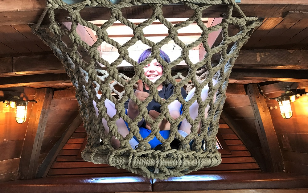 boy-in-rope-crows-nest-Megan-D-vintage-schooner-hands-on-childrens-museum-olympia