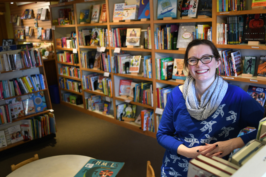 queen anne book company children's book buyer