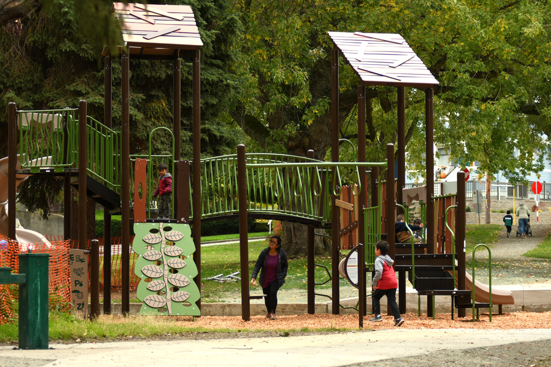 New-rodgers-park-play-structure-playground-queen-anne-hill-seattle