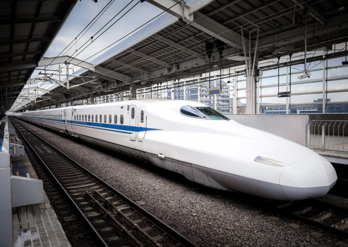 Shinkansen-Japanese-bullet-train-sensory-friendly-family-travel-destination