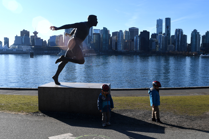 Stanley-Park-Vancouver-BC-cheap-fun-with-kids-families