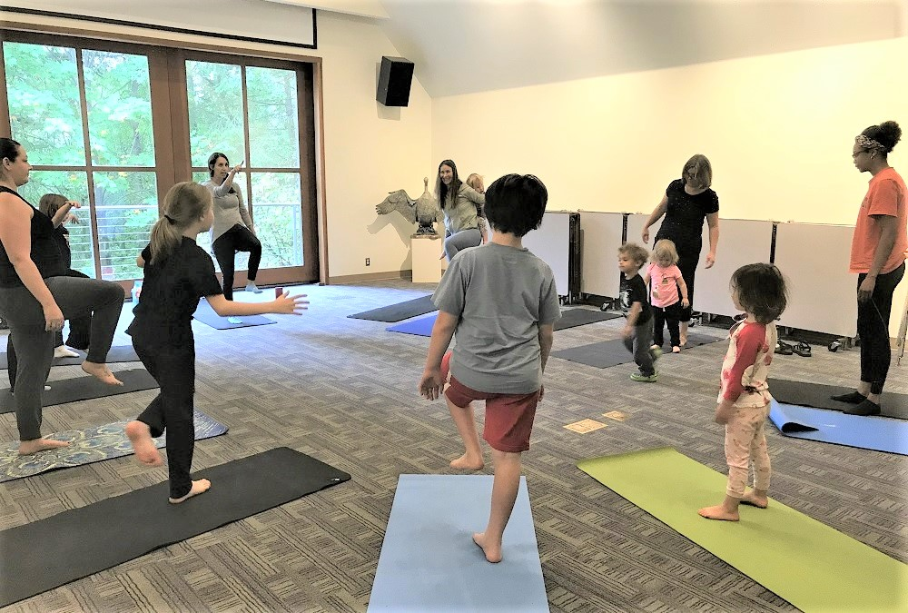 Yoga-wild-nature-yoga-class-parent-child-Tacoma-nature-center