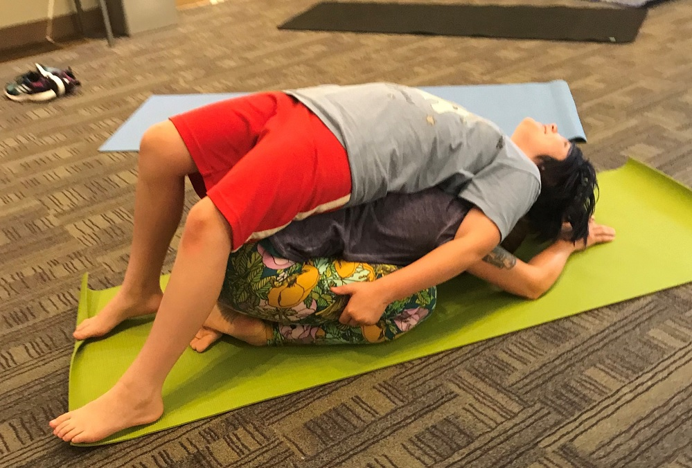 Yoga-Wild-fun-active-affordable-programs-south-sound-families-tacoma-nature-center