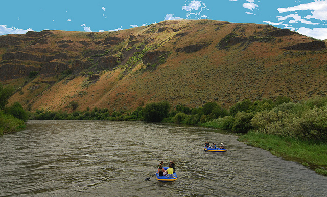 Rafting on the Yakima River