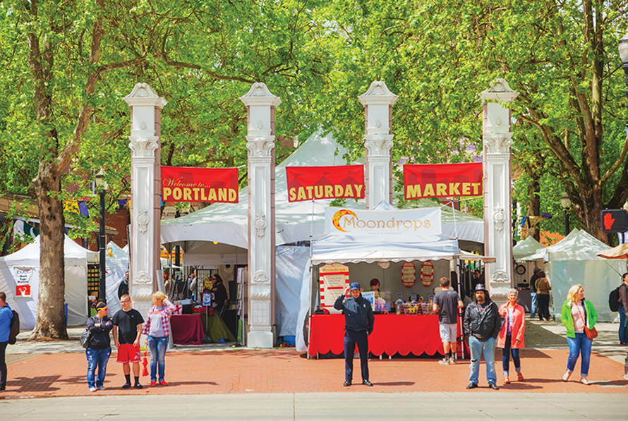 saturday market in portland