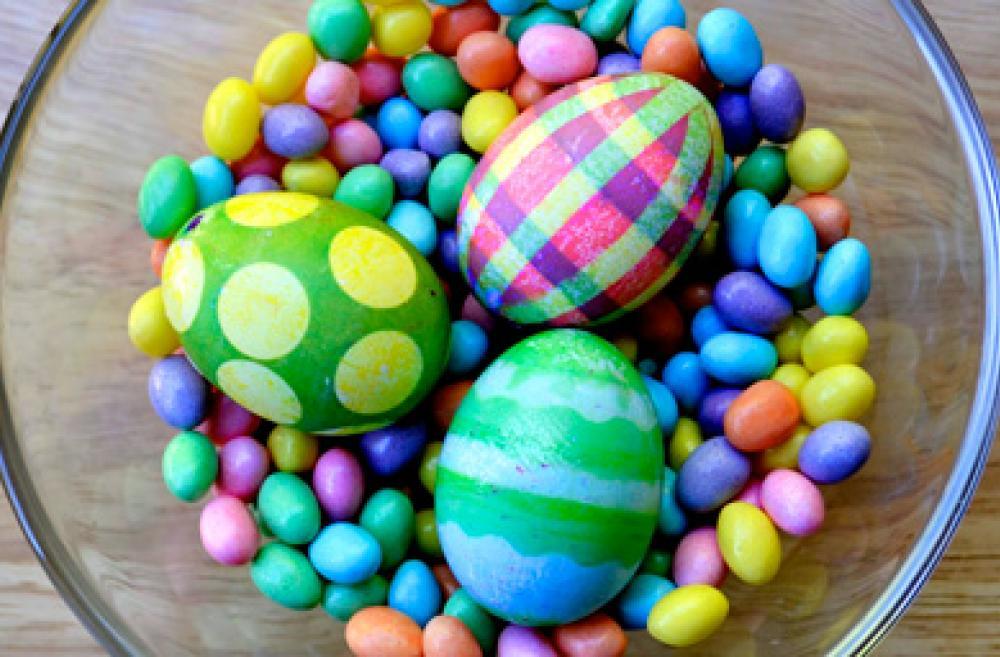 14 Easter Egg Ideas - Color-easter-eggs