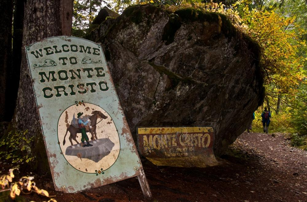 Monte Cristo ghost town hike for families in Washington