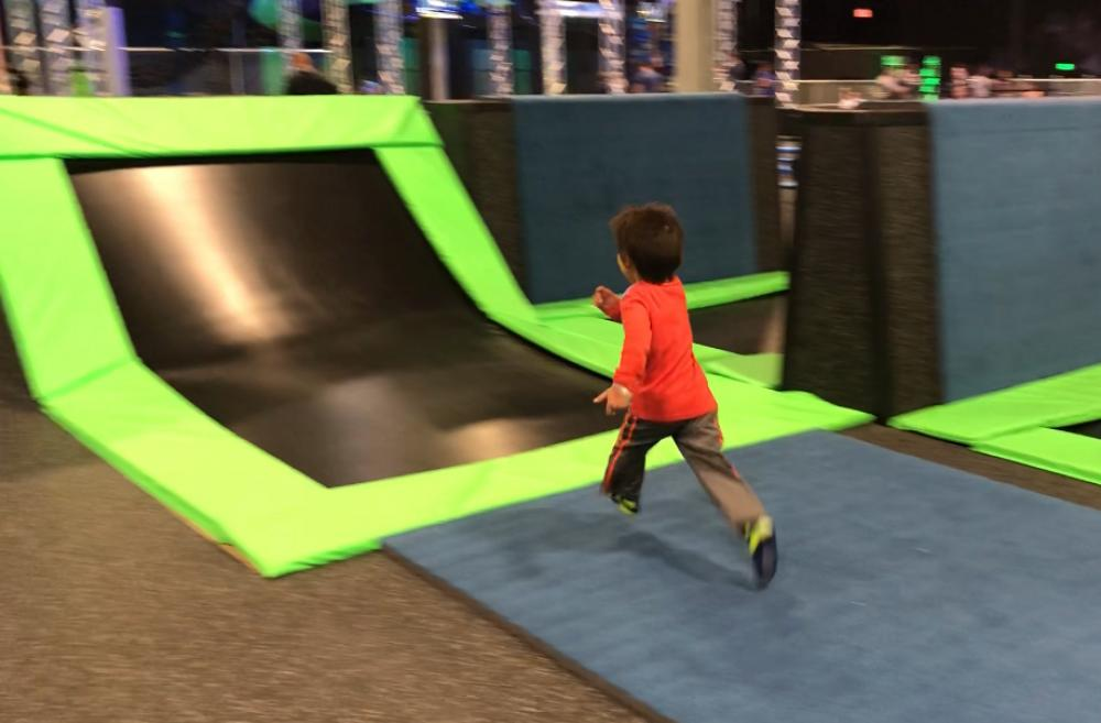 Kid-at-trampline-park-best-indoor-play-places-kids-tacoma-south-sound-olympia-families