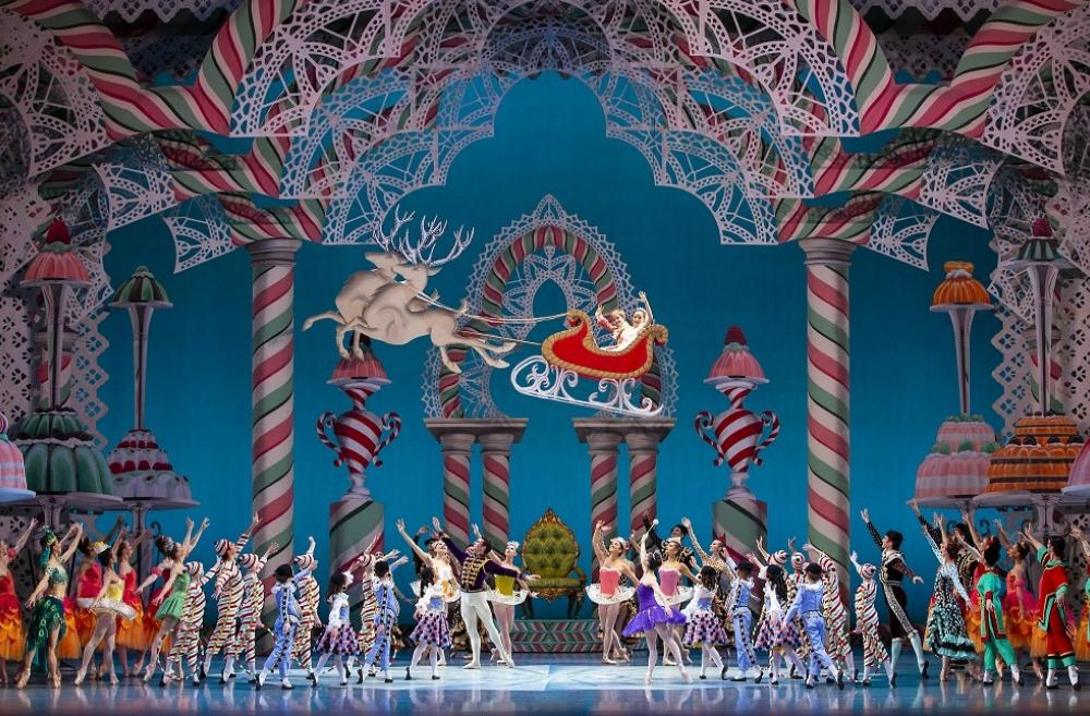 Nutcracker-PNB-George-Balanchine-Seattle-best-holiday-arts-shows-kids-families-2019