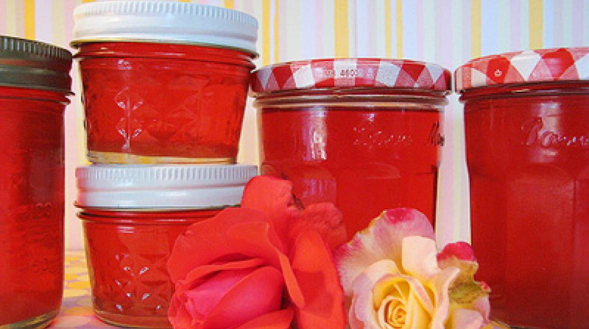 Mother's Day rose jelly