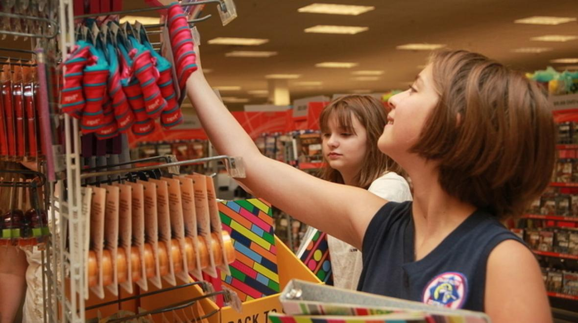 school-shopping-kids