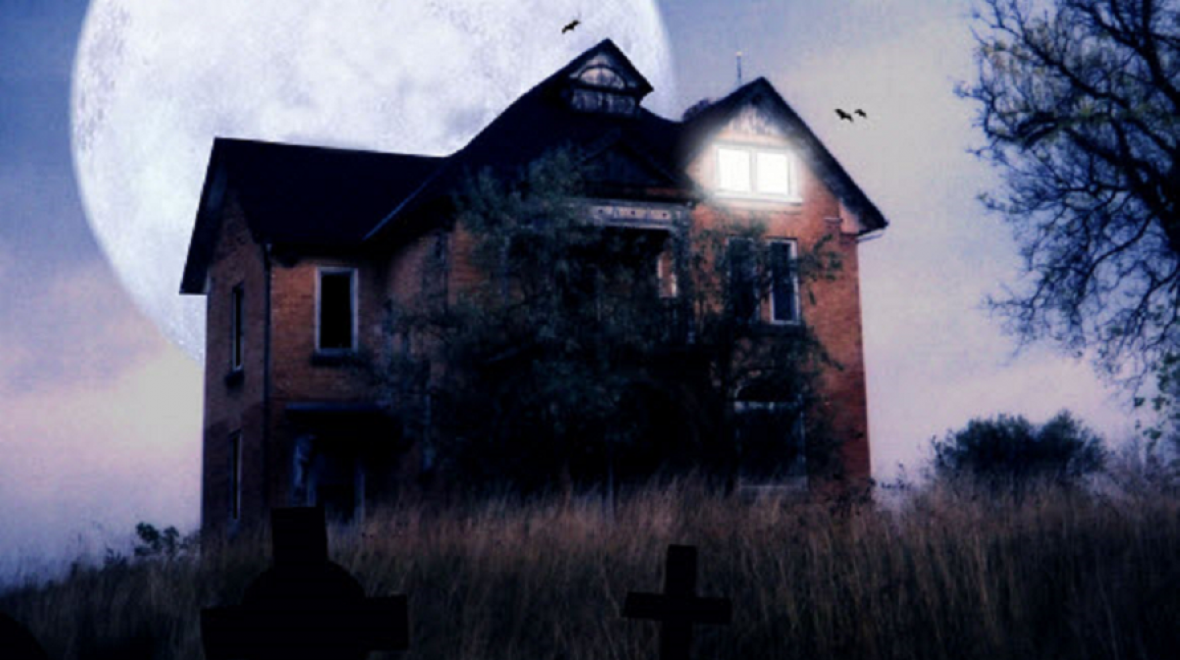 Best-haunted-houses-scary-and-not-scary-kids-families-seattle-tacoma-bellevue-eastside