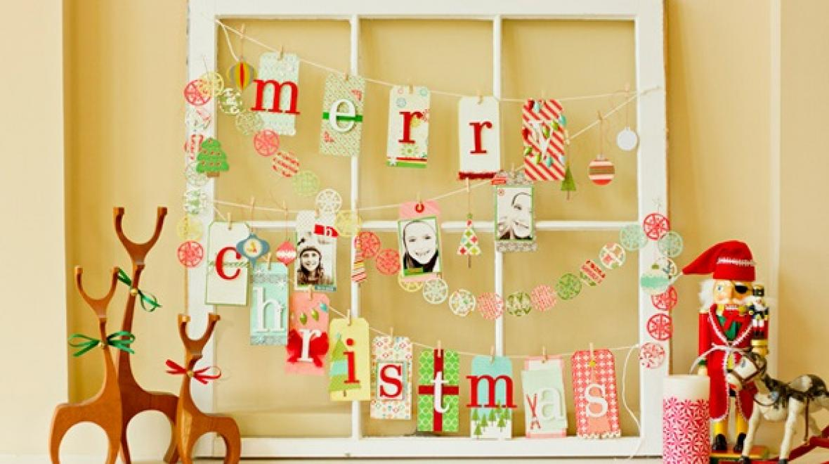 Christmas window - 12 Quick And Easy Homemade Christmas Decorations ParentMap