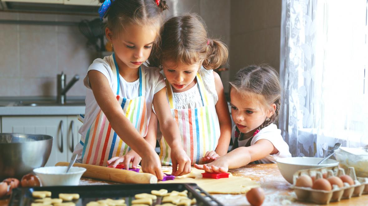 7 Cookies Kids Can Make (With a Little Help) | ParentMap