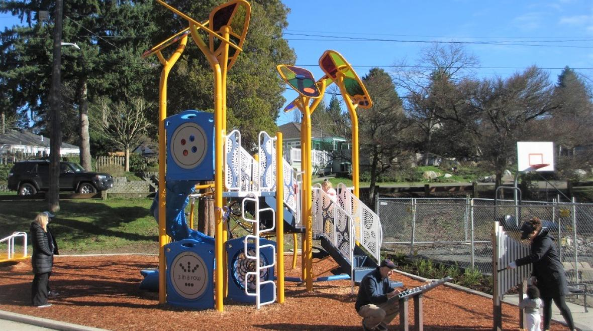 Victory Heights playground big kids play structure
