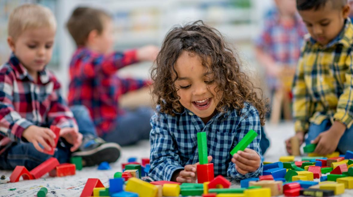 25 Surefire Indoor Play Ideas from a Preschool Teacher's Bag