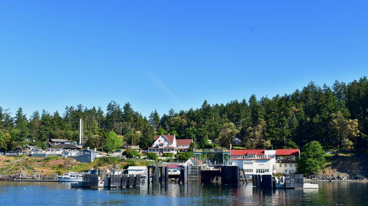 Orcas Island ferry dock San Juans for families credit Duluoz Cats via Flickr CC