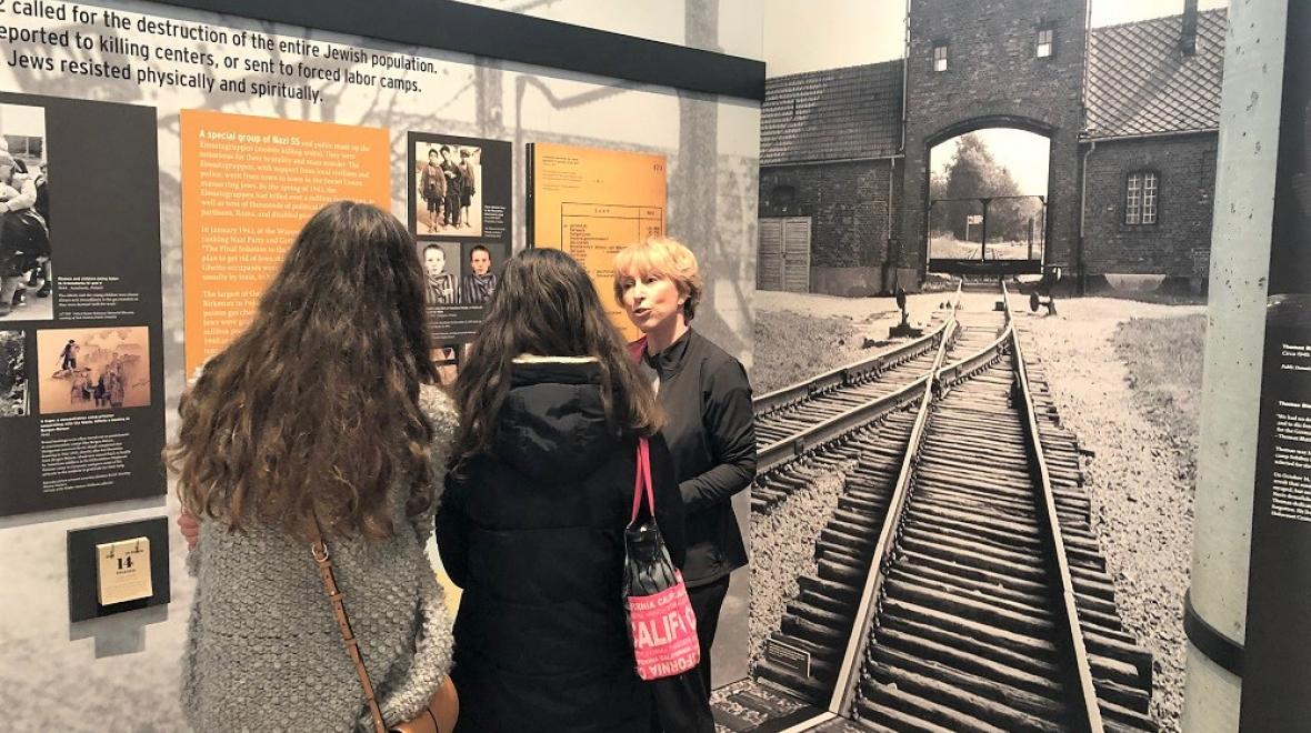 Families-kids-visit-Holocaust-Center-for-Humanity-Seattle-finding-light-in-darkness