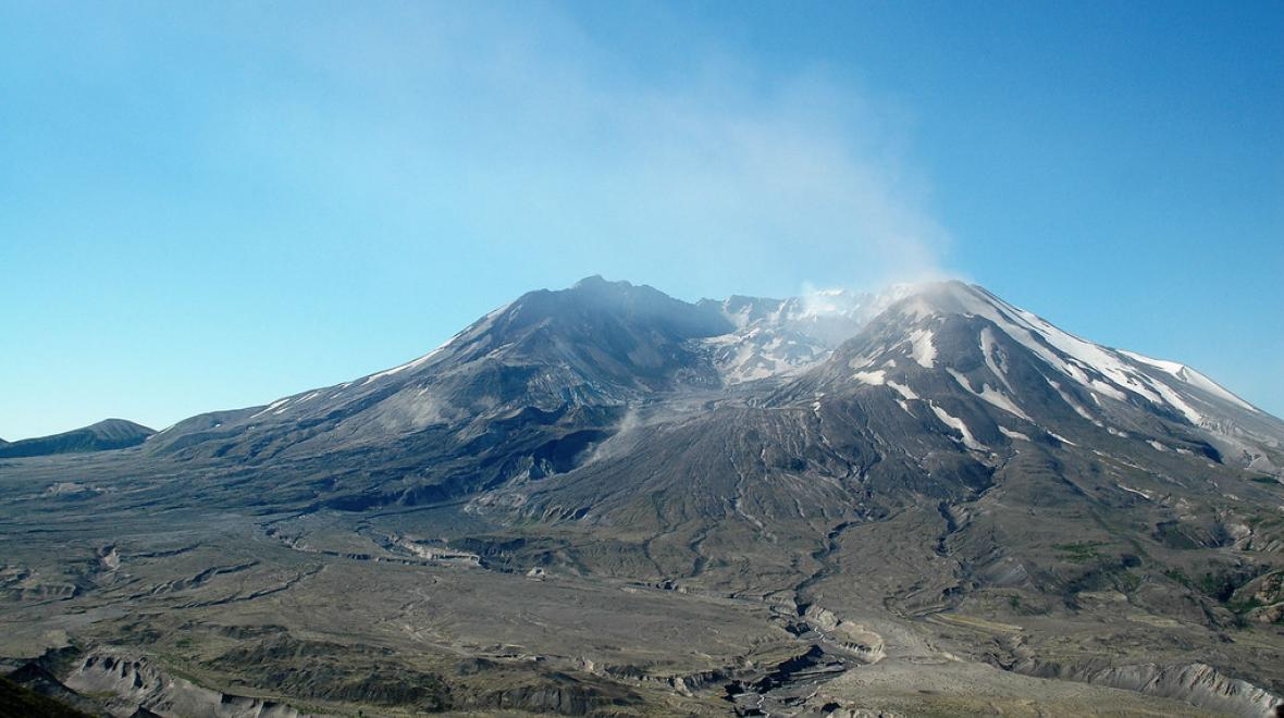 Mount-st-helens-amazing-natural-wonders-to-see-with-kids
