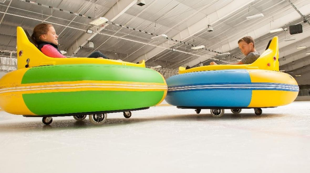 Ice-bumer-cars-fun-for-kids-families-sprinker-recreation-center