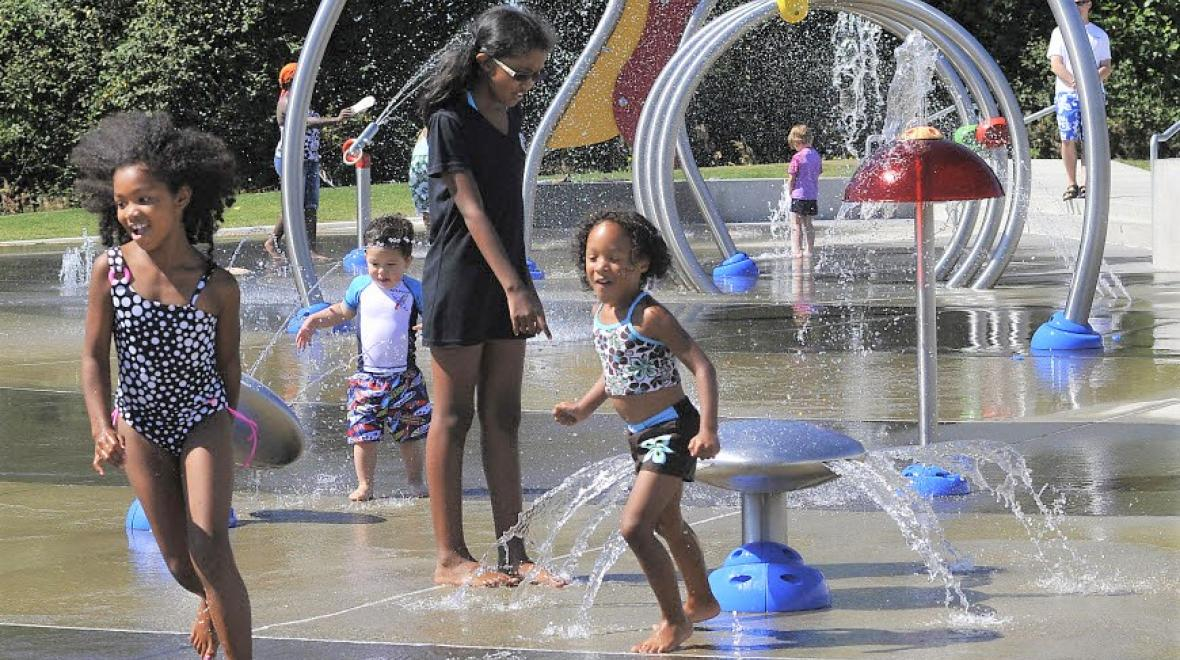 Norpoint-spray-park-sprayground-best-summer-activities-tacoma-seattle-bellevue-families