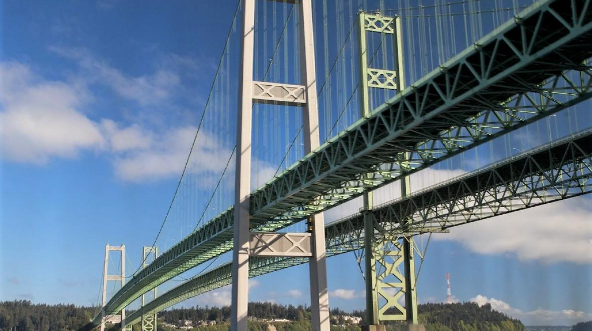 tacoma-narrows-bridge-hike-with-kids-families-urban-adventure