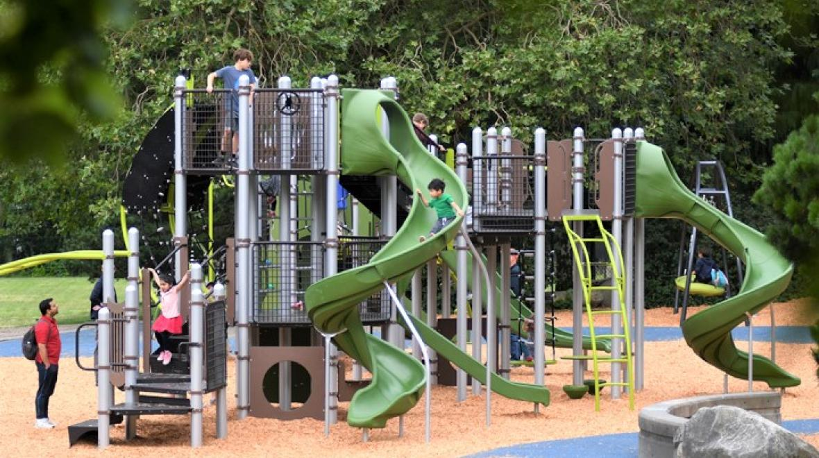 New-Wallingford-Playground-opens-fun-for-kids-families-Seattle