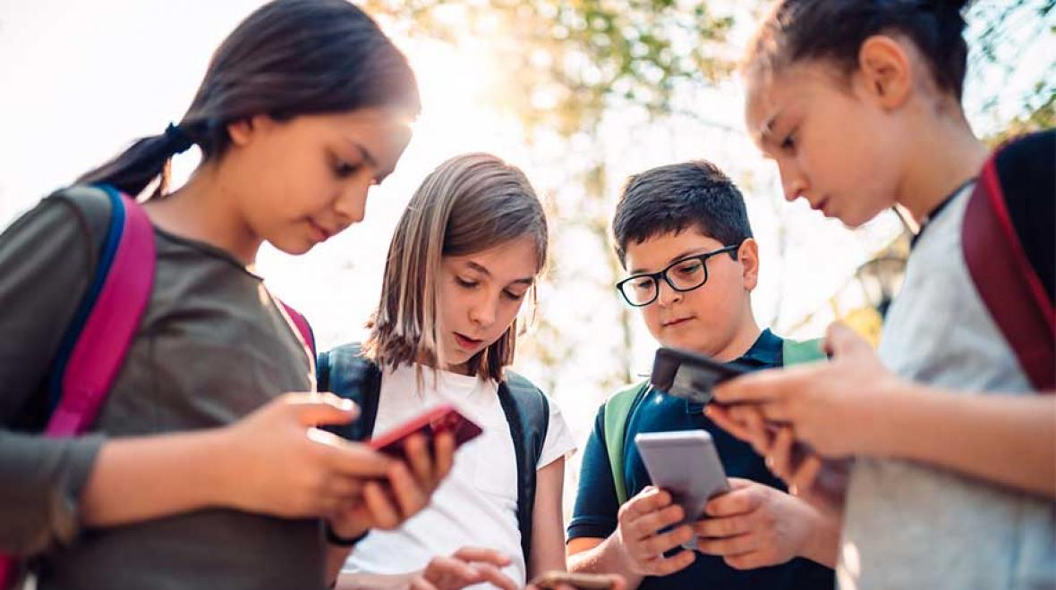 The Only Back-to-School Cell Phone Rules Your Kids Really Need ...
