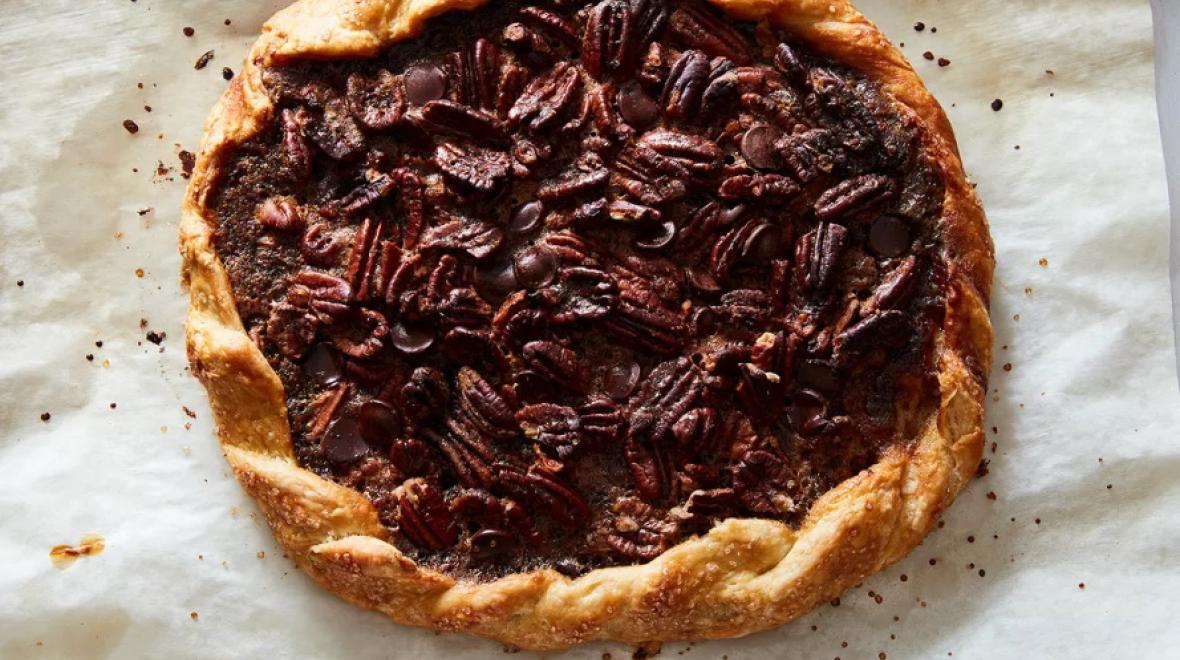 Pecan-chocolate-galette