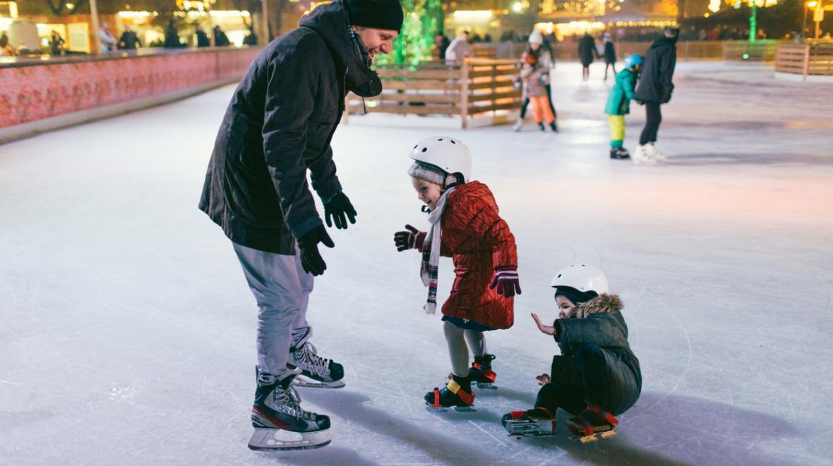8 Pro Tips for Teaching Kids to Ice Skate | ParentMap