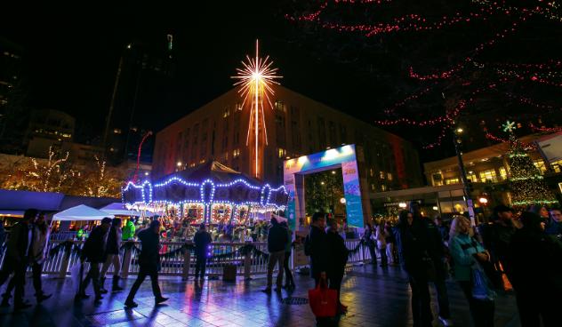Westlake Center Christmas 2021 Holiday Carousel In Westlake Park Seattle Area Family Fun Calendar Parentmap