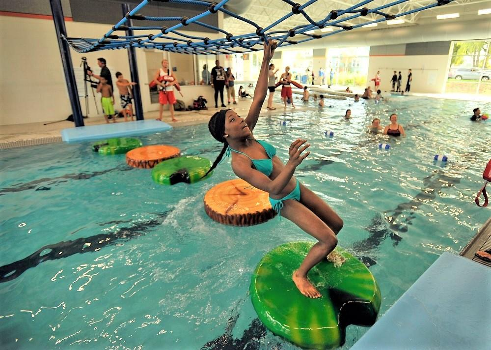 Swimming in seattle insider 39 s guide to kid friendly - Can pregnant women swim in public pools ...