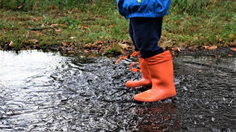 rain boots puddle fun weekend events for families Seattle and Eastside