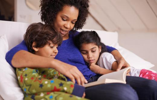 mom reading kids