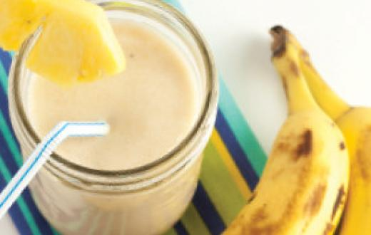 Pineapple buttermilk smoothie