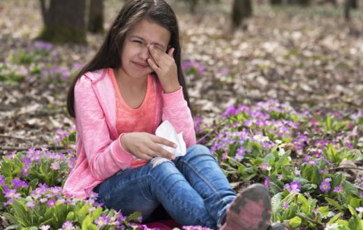 Kid with spring allergies