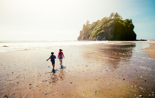 Olympic-Peninsula-family-adventures-escape-with-kids-beach-olympic-national-park