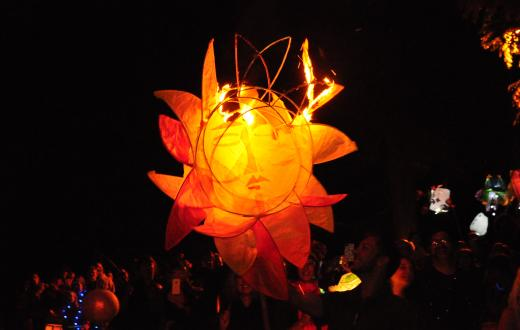 Luminata-lantern-fall-equinox-green-lake-best-weekend-events-for-families-Seattle-Bellevue-Eastside-Tacoma-South-Sound
