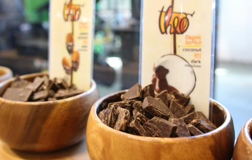 Theo-chocolate-samples-tastes-factory-tour-food-production-kids-families-seattle