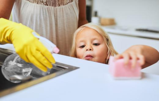kid-using-cleaning-products