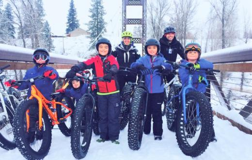 kids and parents with their fat bikes