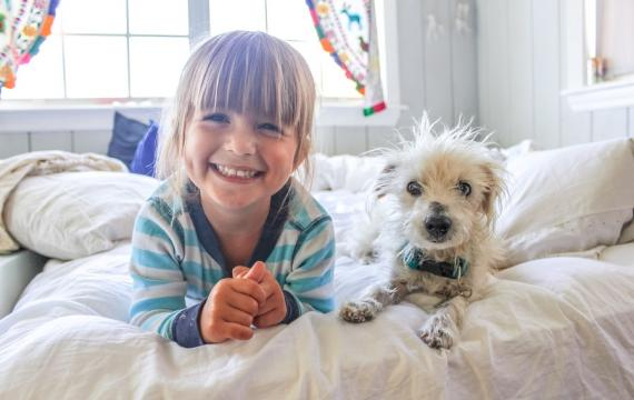 Girl-with-dog-best-weekend-events-with-kids-Seattle-Bellevue-Eastside