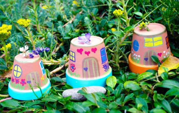 Flower pot houses