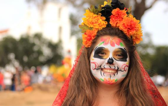 Where-celebrate-day-of-the-dead-dia-de-los-muertos-with-kids-families-around-Seattle