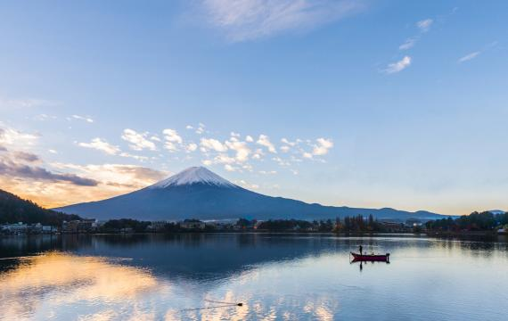 Mount-Fuji-Japan-ideal-sensory-friendly-travel-destination-families-kids