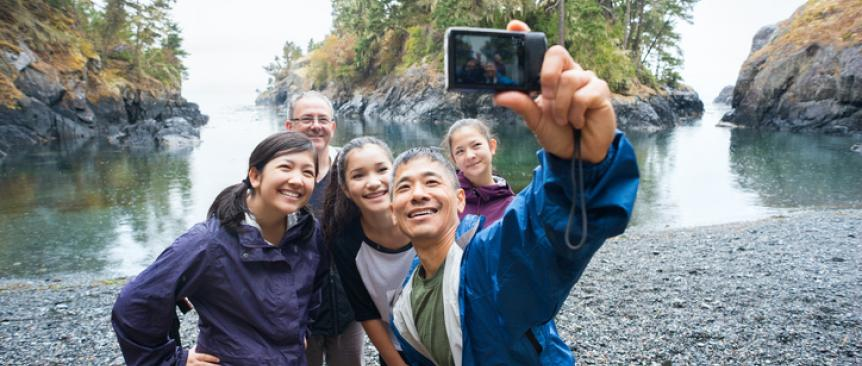 family memory hiking selfie