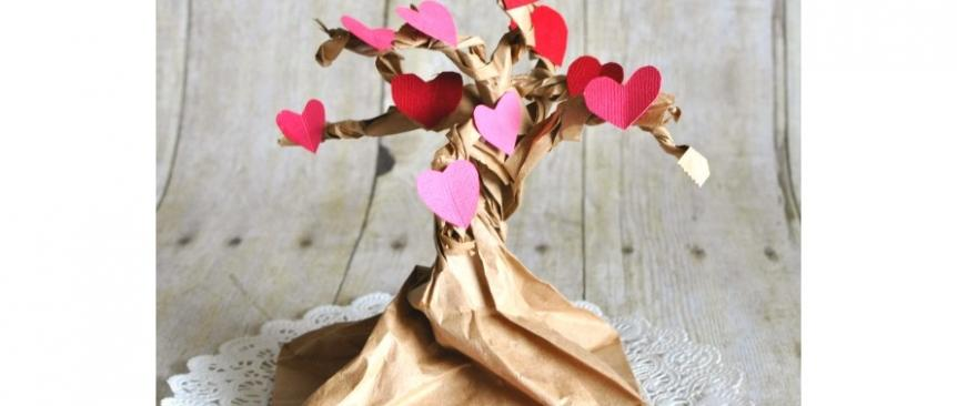 Heart-tree-valentines-day-card